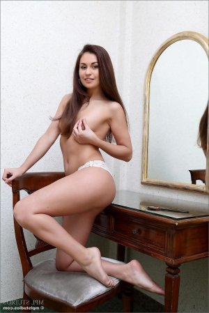 Eudora privatmodelle escort in Krefeld